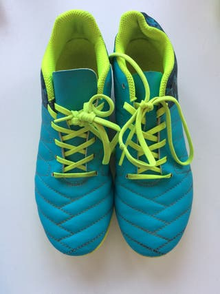Zapatos futbol niño