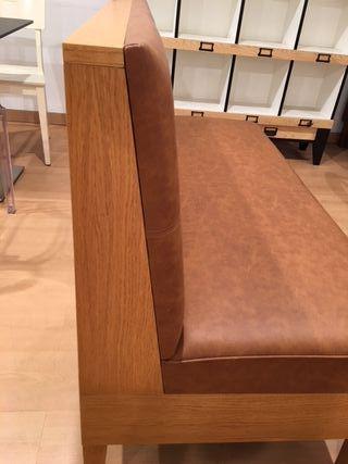 Banco en madera tapizado nuevo