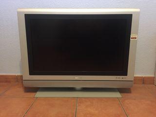 "Televisor Philips 32"" HD ambi light"
