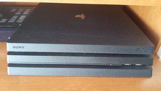 PS4 Pro - 1 Tb + 7 juegos