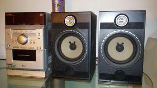 MINICADENA LG. FFH-196 con CD, Casset, Radio y Aux