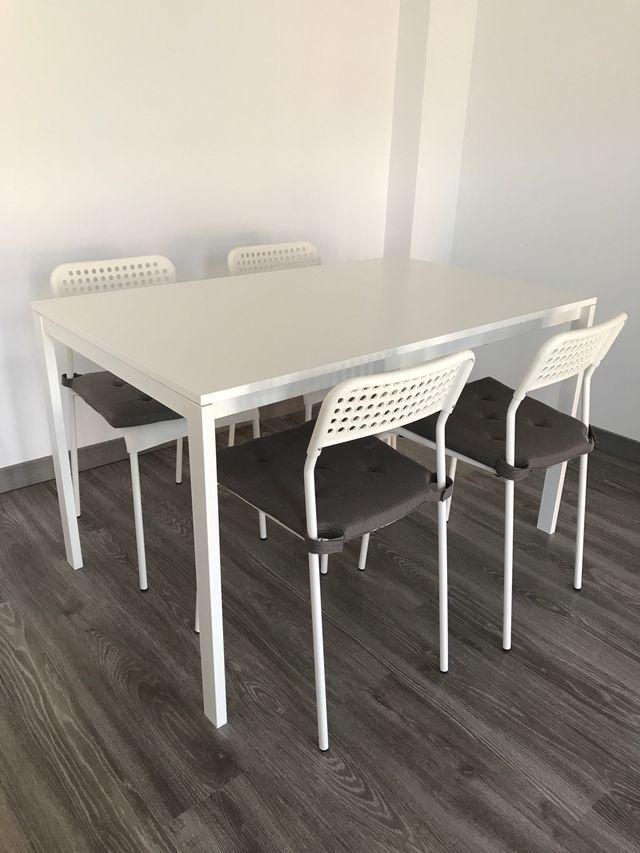 Mesa comedor IKEA MELLTORP/ADDE Mesa con 4 sillas de segunda mano ...