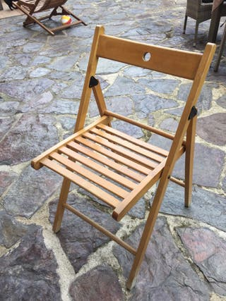 3 sillas de madera plegables