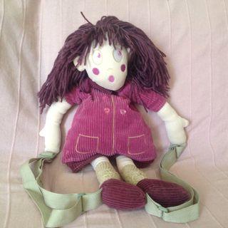 Mochila muñeca niña
