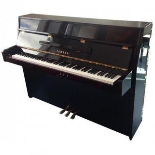 Piano Yamaha C109 negro brillante
