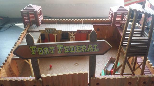 Fuerte indios y vaqueros juguete