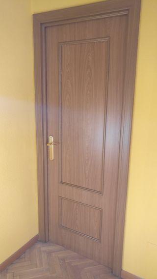 Puertas de madera interiores de segunda mano en wallapop for Puertas interiores antiguas madera