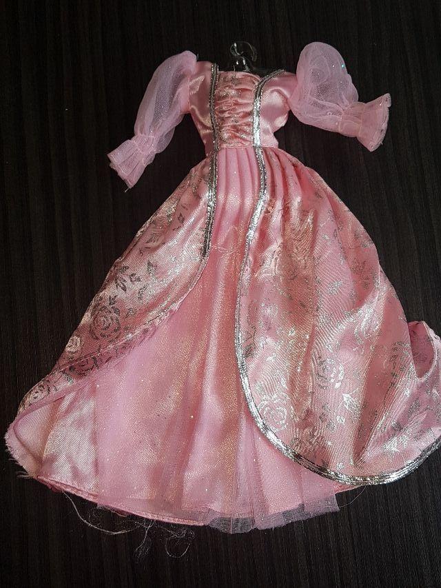 Vestidos Princesas De Segunda Mano Por 15 En Badalona En