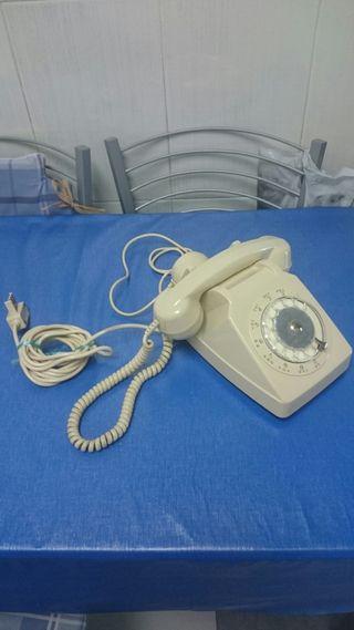 Antiguo teléfono francés