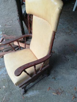 sillón balancín antiguo