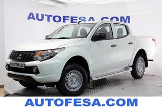 Mitsubishi L200 Pick up 250 DI-D Doble Cabina M-PRO 154cv 4x4 4p