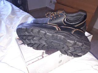 zapatos de seguridad sin estrenar