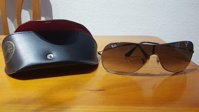 8dbb73d52afc3 Gafas de sol Ray-Ban second hand for 30 € in Andorra La Vella in WALLAPOP
