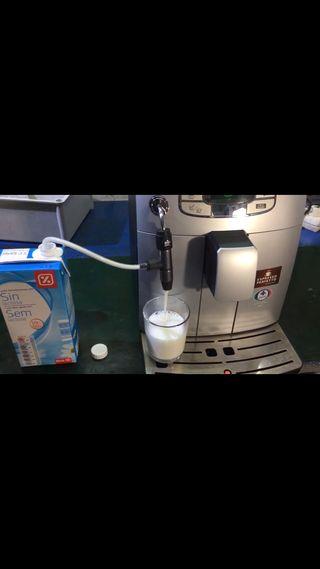 Saeco intelia evo con espumador de leche