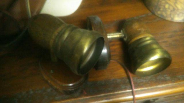 focos madera ebano y metal envejecido