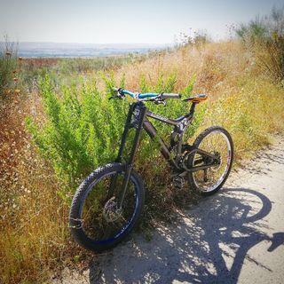 Bicicleta descenso scoot 22