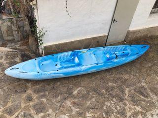 Kayak decatlón 2/3 plazas y sus 2 remos dobles
