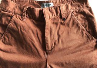 Pantalones WEZC