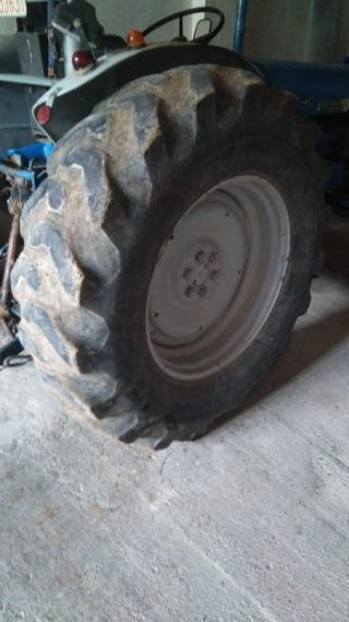 Neumáticos tractor