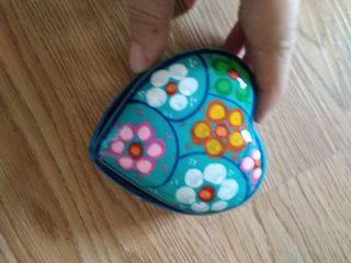 caja de cermica con forma de corazon