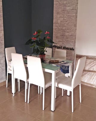 Mesa extensible con 6 sillas [150580]