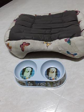 cama y comederos para perritos
