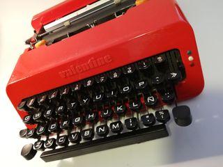 Maquina escribir Olivetti Valentine con maletin