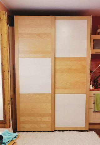 PAX Armario IKEA puertas correderas de madera