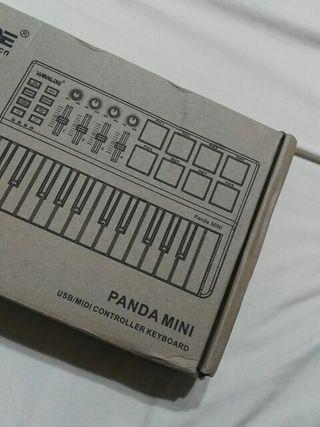 mesa de mezclas dj Worlde Panda mini
