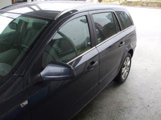 Opel Astra Familiar