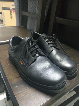 Zapatos hosteleria 41 con 2 usos