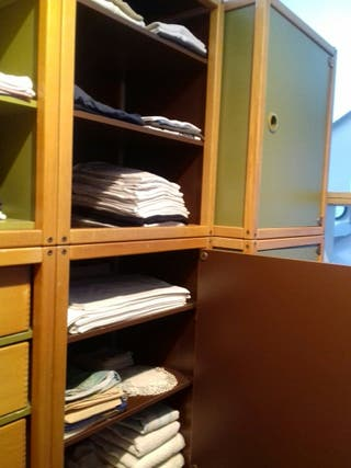 2 armarios con baldas