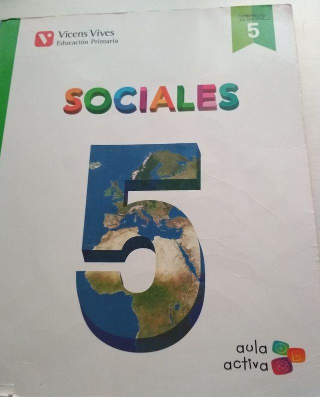 Libro de sociales Vicens vives