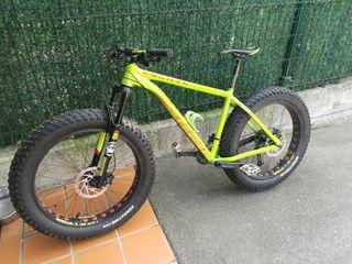 bicicleta de descensos
