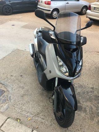 Yamaha x max 250cc i