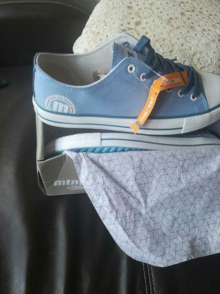 Zapatillas mustang nuevos!!!!