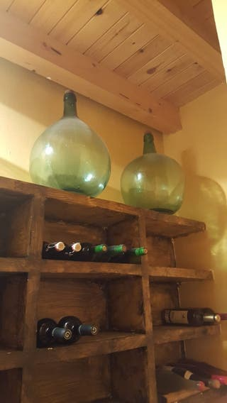 garrafones antiguos de vidrio grandes