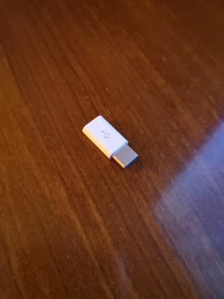 adaptador micro USB a USB tipo C