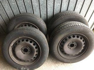 4 Neumáticos y discos 195/65/15