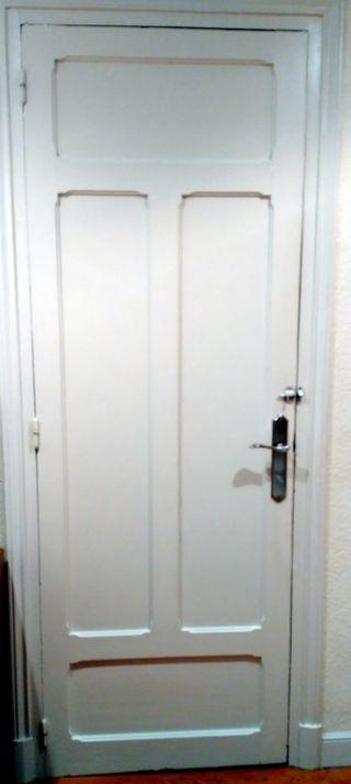 Puertas De Madera Antiguas De Segunda Mano En La Provincia De