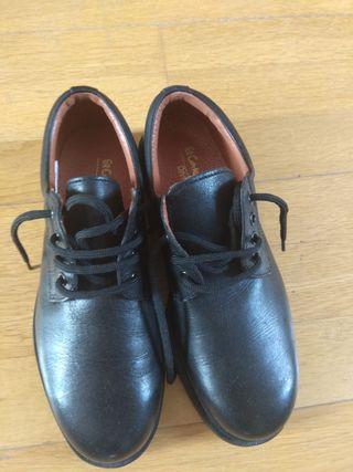 zapatos piel a estrenar n 38