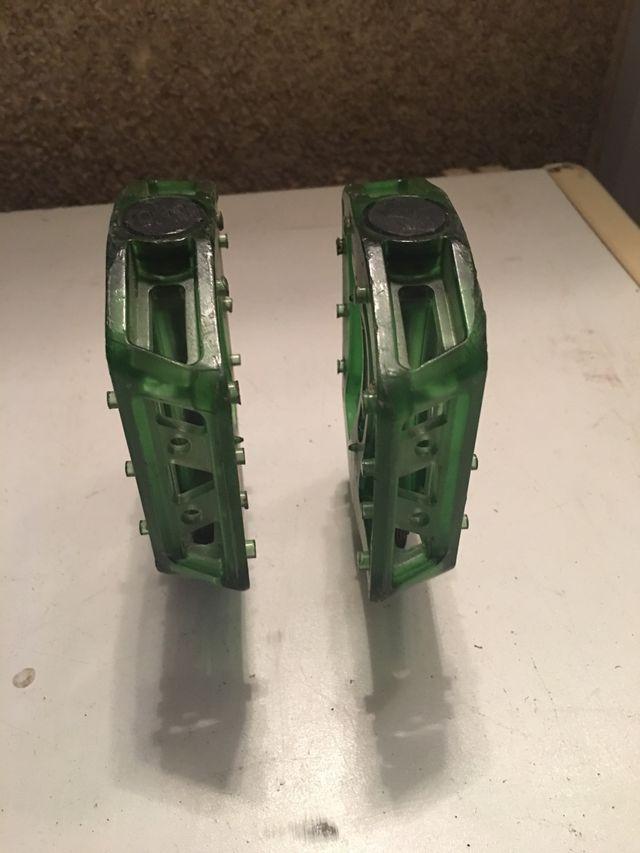 Pedales verdes