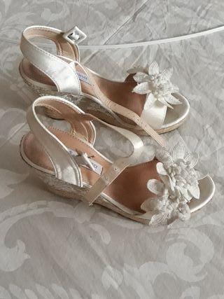 Sandalias de cuña para novia numero 36