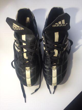 Botas de fútbol tacos Adidas