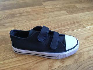 Zapatillas niño azul marino talla 31 a estrenar
