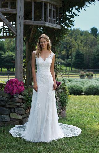 Vestidos de novia al 50% por cierre