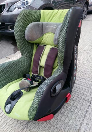 Asiento infantil para coche giratorio Bebeconfort
