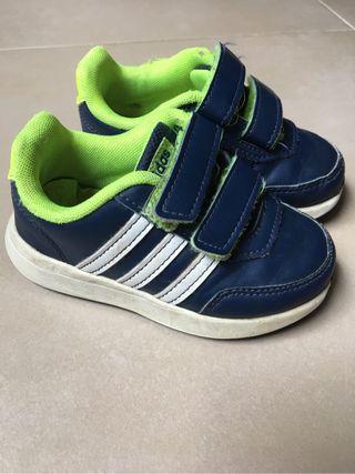 zapatillas adidas niños 23