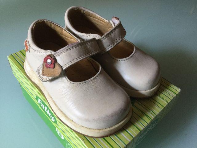 003511da Zapatos niña número 20 color napa de segunda mano por 10 € en ...