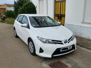Toyota Auris 2015 1.4d Business